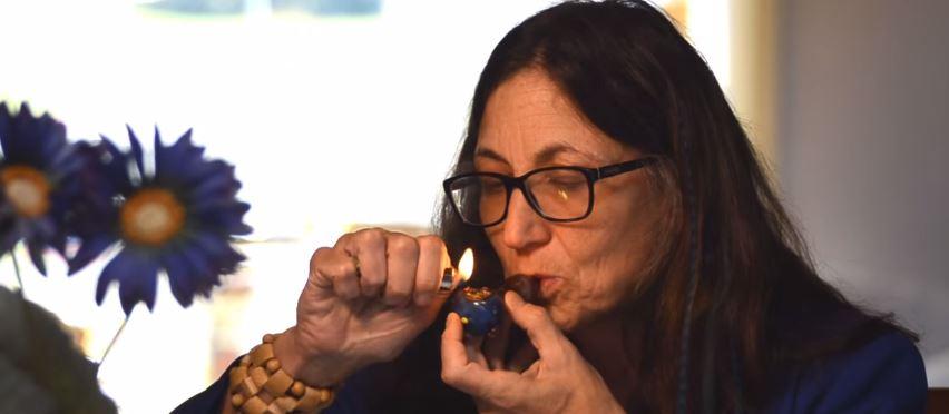 gubernator-pali-marihuane-kampania-reklamowa