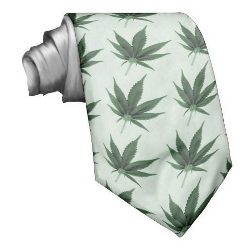 krawat_liscie_marihuany