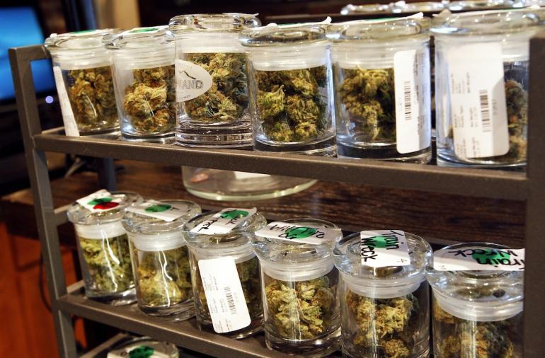 marihuana-w sloikach