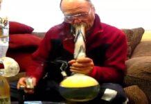 trzymanie dymu z marihuany w płucach
