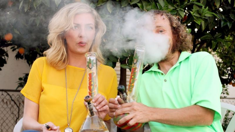 Matka może mieć wpływ na wiek rozpoczęcia stosowania marihuany